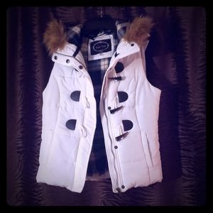 Worn once Winter vest with fur hood